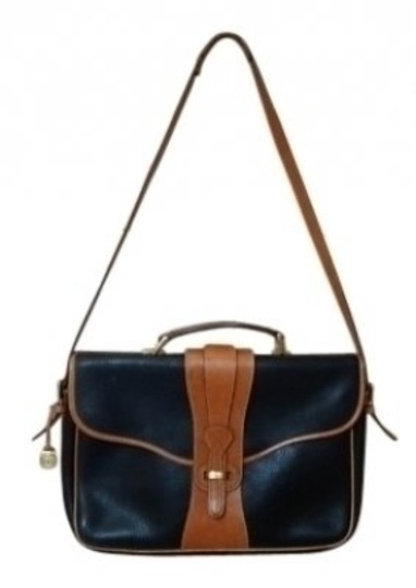 Preload https://item3.tradesy.com/images/dooney-and-bourke-vintage-and-briefcase-black-with-camel-trim-leather-shoulder-bag-26912-0-0.jpg?width=440&height=440