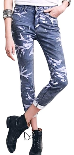 Item - Blue Medium Wash High Waist Crop Tropical Print Capri/Cropped Jeans Size 8 (M, 29, 30)