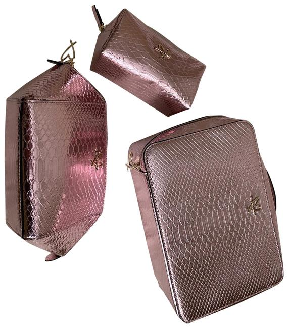 Item - Pink New 3 Piece Beauty Set Cosmetic Bag