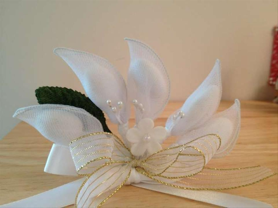 White Wedding Favors with Jordan Almonds - Tradesy