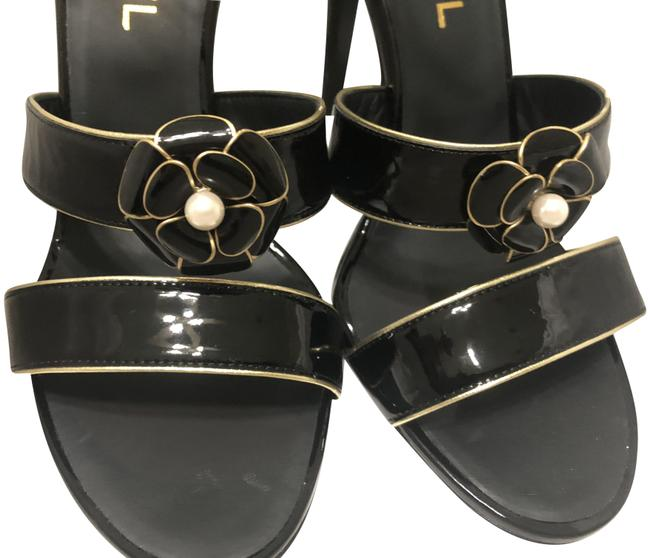 Item - Black Camellia Patent Leather Pearl Heels Formal Shoes Size EU 40 (Approx. US 10) Regular (M, B)
