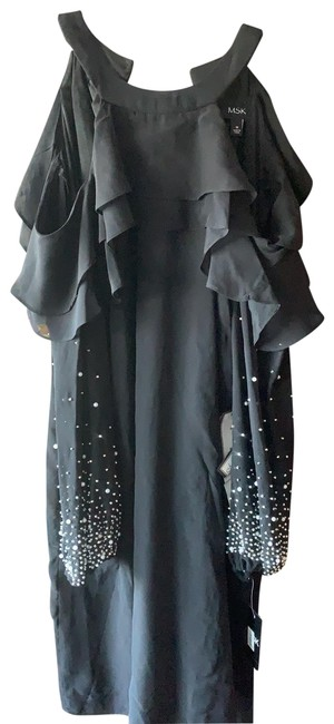 Item - Cold Shoulder Mid-length Night Out Dress Size 10 (M)