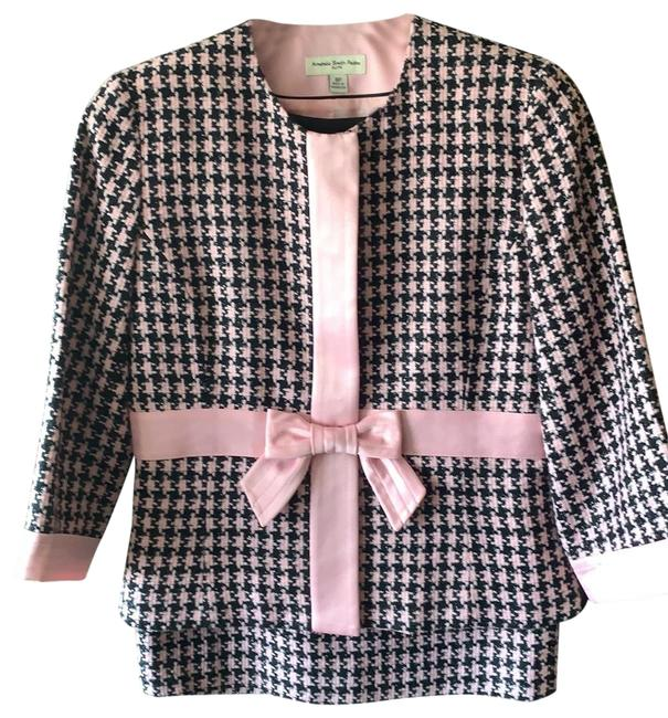 Amanda Smith Pink Bow Skirt Suit Size Petite 8 (M) Amanda Smith Pink Bow Skirt Suit Size Petite 8 (M) Image 1
