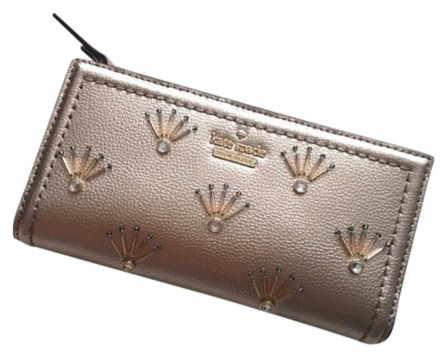Item - Patterson Drive Embellished Rose Gold Clutch
