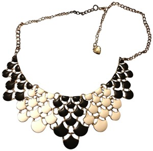 "Betsey Johnson 19"" Black And Cream Necklace"