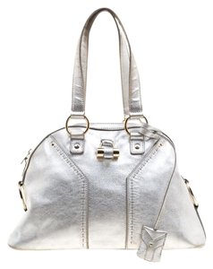 Saint Laurent Silver Leather Muse Satchel in Metallic