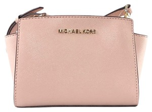 Michael Kors Messenger Saffiano Leather Cross Body Bag