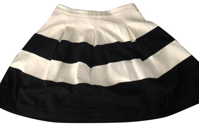 Item - Black & White Skirt Size 6 (S, 28)