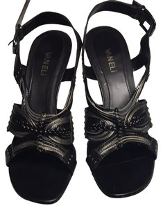 Vaneli Black And Metallic Sandals