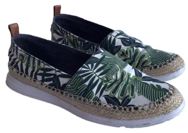Item - Green White Palm Print Espadrilles 9b Flats Size US 9 Regular (M, B)