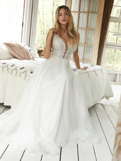Maggie Sottero Ivory Over Nude Lace and Tulle Meadow Modern Wedding Dress Size 12 (L) Maggie Sottero Ivory Over Nude Lace and Tulle Meadow Modern Wedding Dress Size 12 (L) Image 1