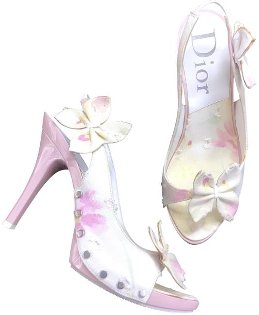 Item - Pink and White Monogram Sandals Size EU 37.5 (Approx. US 7.5) Regular (M, B)
