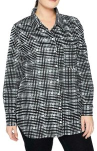 Lyssé Longsleeve Striped Stretchy Button Down Shirt Black and White