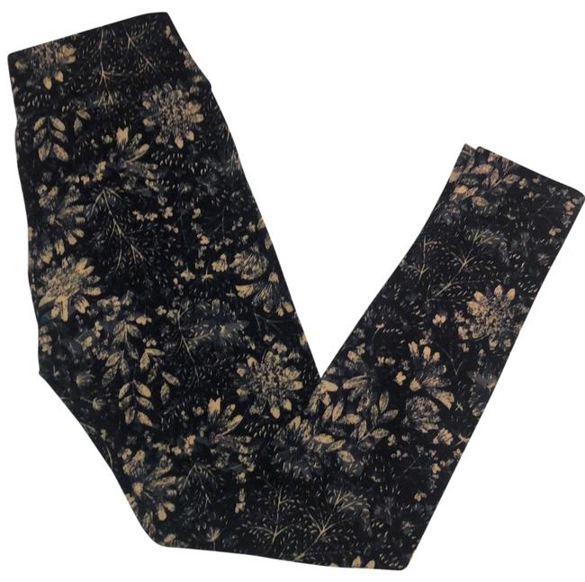 Item - Navy Blue with Cream and Light Blue Floral Pattern Leggings Size OS (one size)