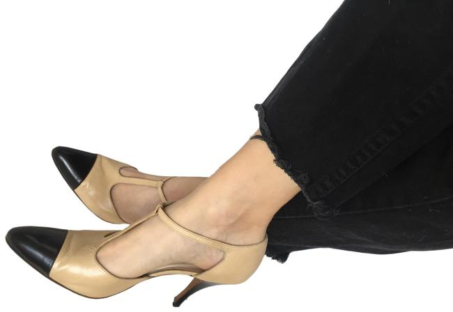 Item - Beige T Strap Two Tone Pumps Size EU 38.5 (Approx. US 8.5) Regular (M, B)