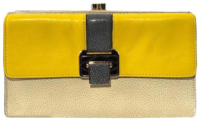 Item - The Coco Yellow / Tan Leather Clutch