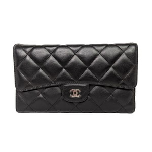 Chanel Chanel CC Black Quilted Tri-fold Wallet