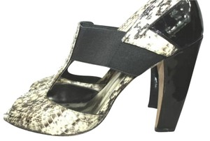 Vince Camuto Peep Toe Reptile Leather Heels BLACK./WHITE Pumps