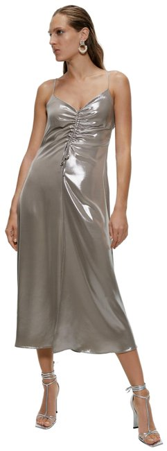 Item - Silver XS New Metallic Look Flowy Ref 1165/225 Mid-length Cocktail Dress Size 2 (XS)