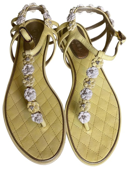 Item - Yellow Sandals Size EU 37 (Approx. US 7) Wide (C, D)