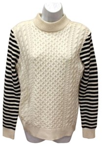Chelsea & Theodore Cashmere Wool Cable Knit Turtleneck Sweater