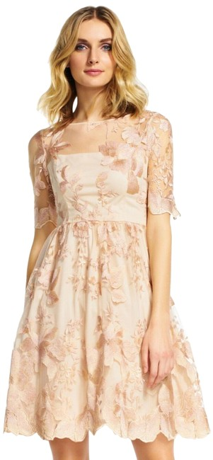 Item - Pink Embroidered Party Short Formal Dress Size 12 (L)