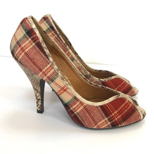 Tribeca by Kenneth Cole Red Tan Pumps