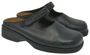 Naot Comfort Leather Black Mules