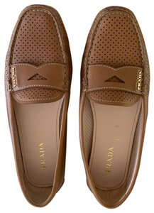 Prada Loafer Moccasin Perforated Driving camel Flats