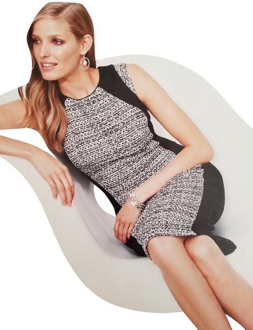 Item - and Tweed Sheath Black/White Mid-length Work/Office Dress Size 4 (S)