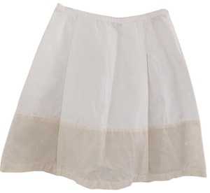 dosa Skirt white with cream.