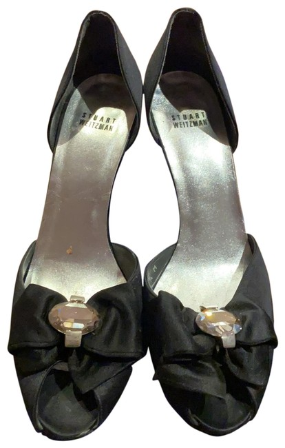 Item - Black Crepe Peep Toe Pumps Size US 9.5 Regular (M, B)