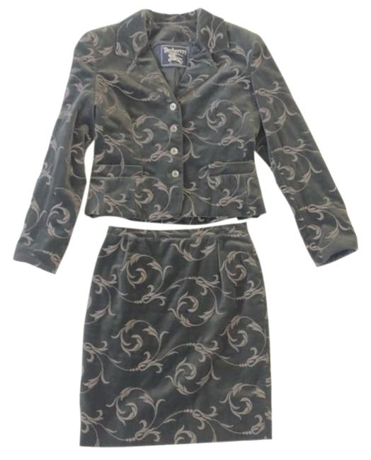 Burberry Gray Skirt Suit Size Petite 8 (M) Burberry Gray Skirt Suit Size Petite 8 (M) Image 1