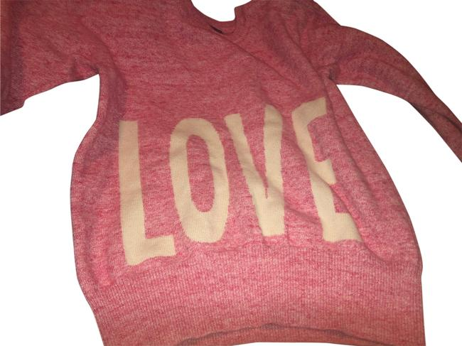 Item - Love T-shirts Pink and White Sweater