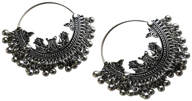 Anthropologie Silver Moroccan Coin Fringe Round Delicate Threaded Hoop Hoops Earrings Anthropologie Silver Moroccan Coin Fringe Round Delicate Threaded Hoop Hoops Earrings Image 1
