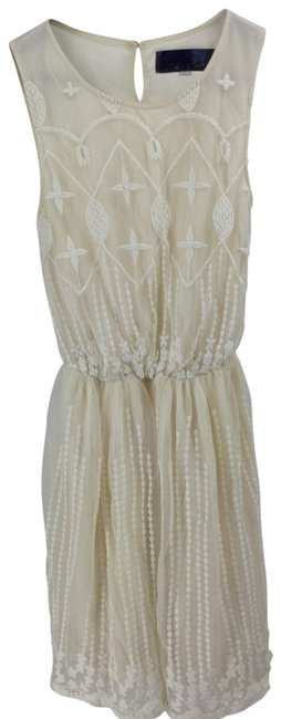 Item - Ivory Lace Short Cocktail Dress Size 4 (S)