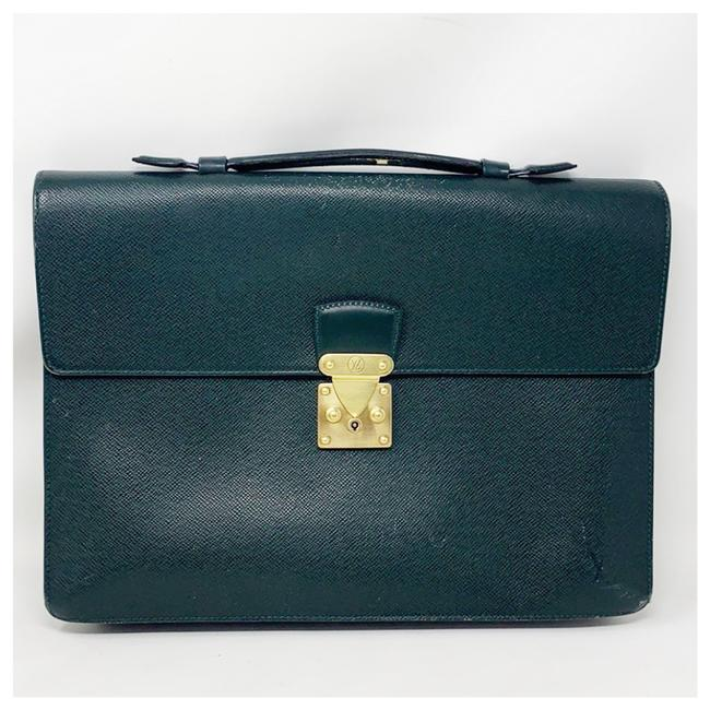 Item - Document Business Green Leather Clutch