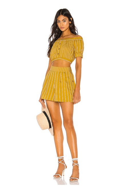Tularosa Mustard Yellow Margo Top and Matching Set Shorts Suit Size 8 (M) Tularosa Mustard Yellow Margo Top and Matching Set Shorts Suit Size 8 (M) Image 1