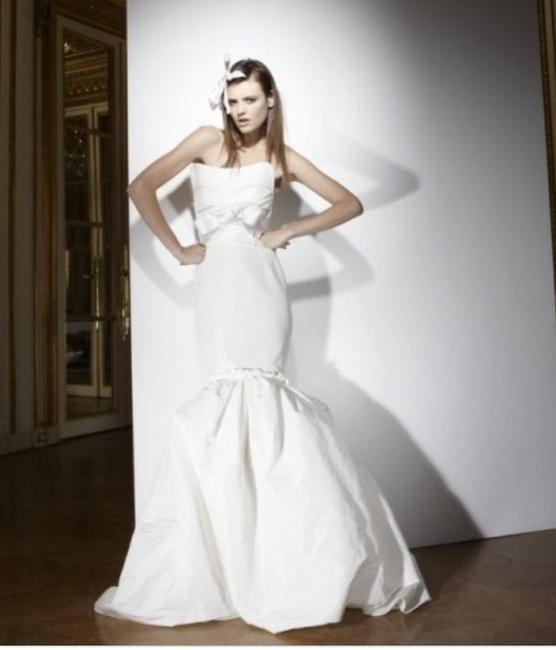 Item - White Silk and Polyester Strapless Faille Gown Feminine Wedding Dress Size 10 (M)