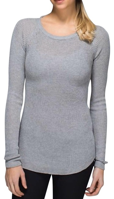 Item - Gray Cabin Activewear Top Size 4 (S)