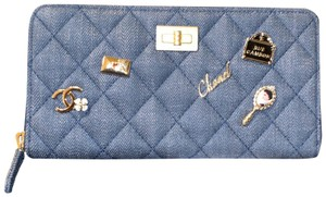 Chanel NEW 18P Lucky Charms Reissue Quilted Denim 2.55 Zipped Walley Zippy Organizer GHW A80830