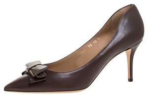 Salvatore Ferragamo Leather Bow Pointed Toe Brown Pumps