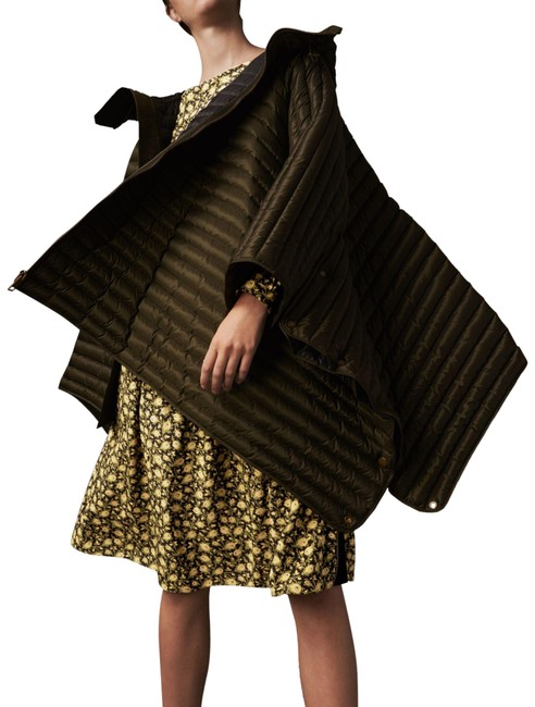 Item - Olive Trapeze Down Hooded Cape/Poncho Poncho/Cape Size 12 (L)