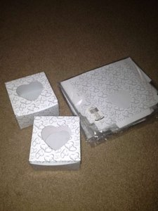 White & Silver Two Hearts Cupcake Boxes