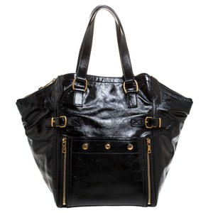 Yves Saint Laurent Patent Leather Tote in Black