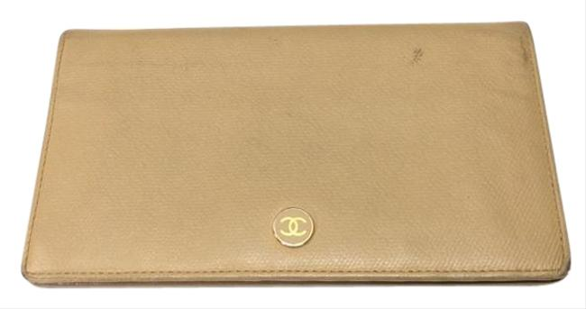 Item - Beige Folded Caviar Skin Leather Cocomark Long Ladies 646858 Rm0573d Wallet