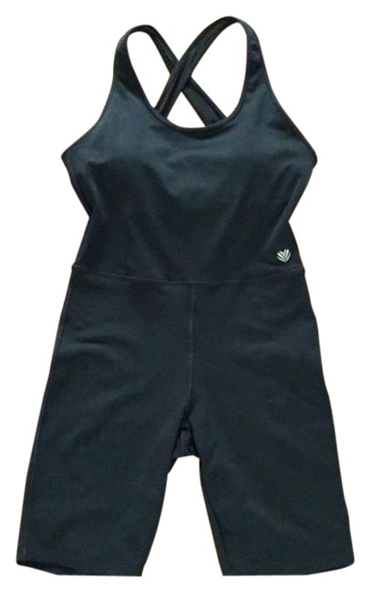Item - Black Jumpsuit Romper Bike One Piece Activewear Bottoms Size 4 (S, 27)