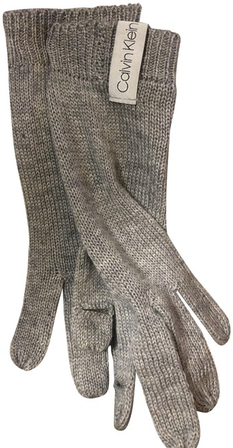 Item - Gray and White 2-piece Muffler Touch Glove Set (Nwt) Scarf/Wrap
