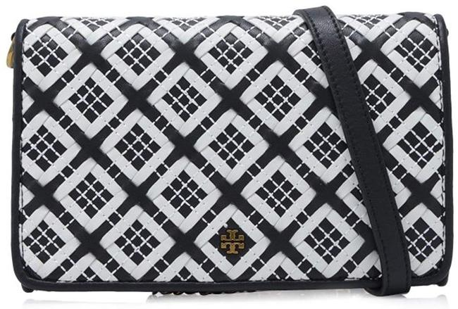 Item - Robinson Woven Chain Wallet Black/New Ivory Leather Cross Body Bag
