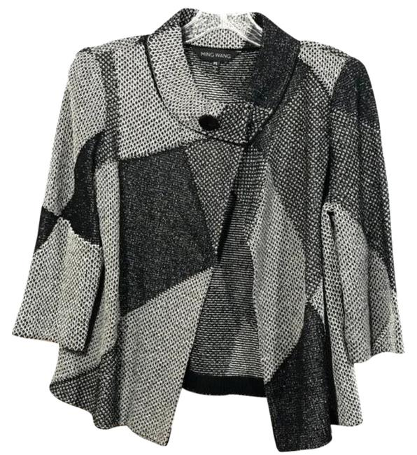 Preload https://img-static.tradesy.com/item/27001879/ming-wang-gray-geometric-mock-neck-cardigan-size-petite-4-s-0-1-650-650.jpg